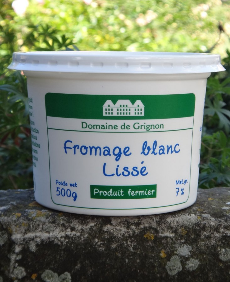 Fromage blanc local lissé...